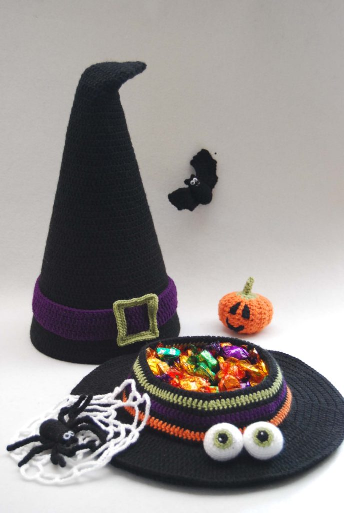 witches-hat-with-sweets-and-extras