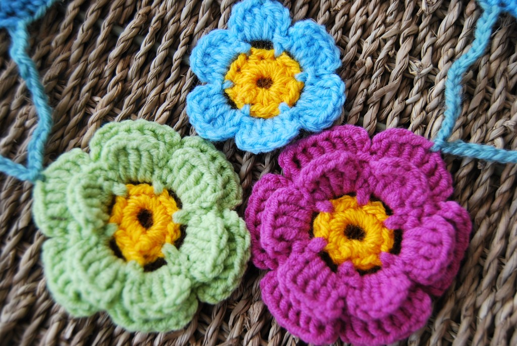 crochet flower garland 004