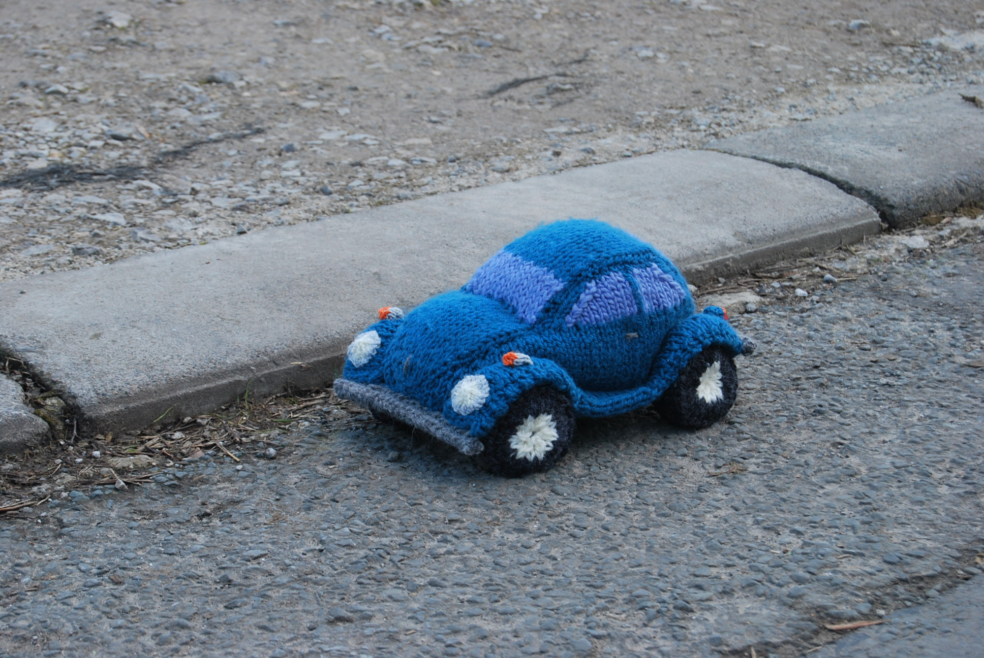 PDF Knitting Pattern for a Model Beetle - Slightly Sheepish