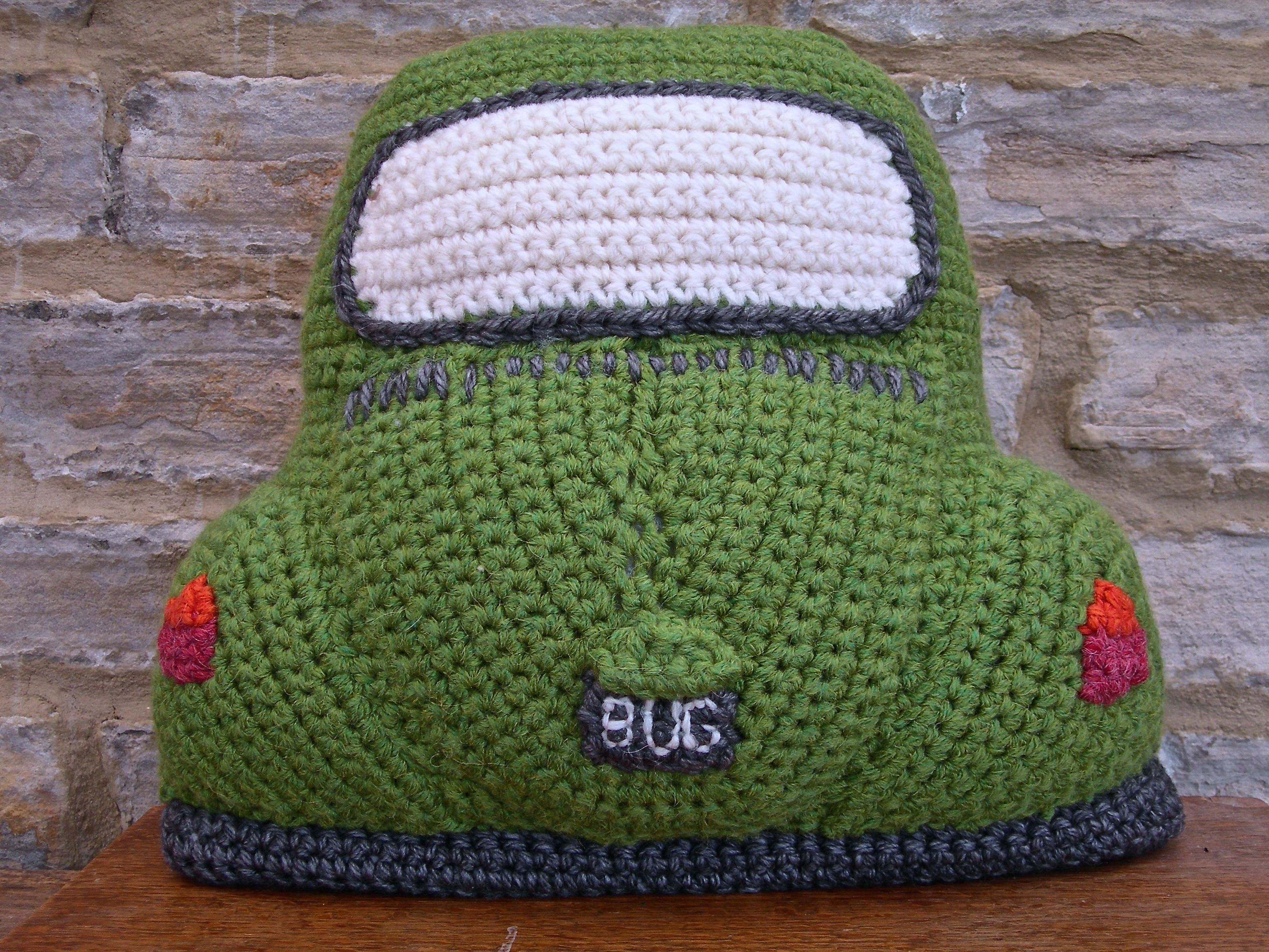 Beetle Cushion DSCN3715 : campervan cushion knitting pattern free  - pillowsntoast.com