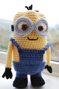Minion Easter Egg Holder